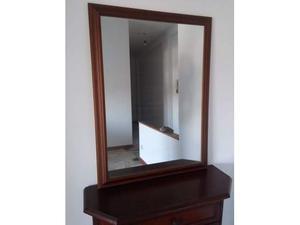 Specchio con cornice in noce posot class for Specchio noce