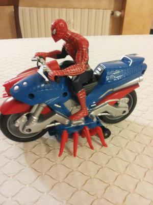 spiderman3 personaggio a pile con moto ottimo stato vendo