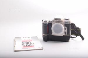 Fotocamera reflex analogica nikon f80 + b.g. mb-16