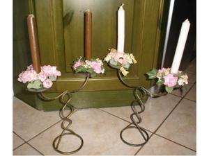 2 CANDELABRI ferro battuto figura elicoidale con fiori