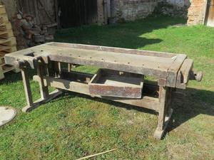 Antico banco da lavoro falegname