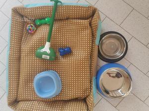 Cuccia + accessori per cane taglia media