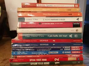 Libri usati liceo a metà prezzo