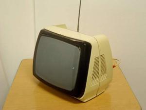 Televisore bianco anni 70, vintage modernariato