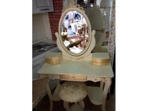 Tolettina stile barocco oro foglia arredamenti tavassi
