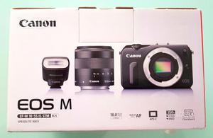 Canon Eos M. Obiettivo  mm. Reflex Mirrorless