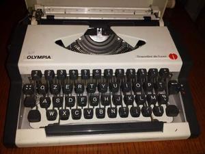Macchina da scrivere olympia anni 70