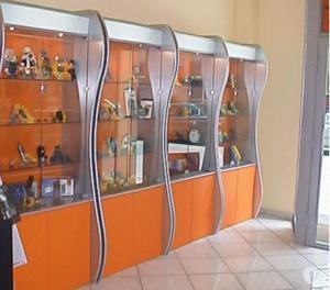 Arredamento Negozio, Bar, Farmacie, arredamenti commerciali