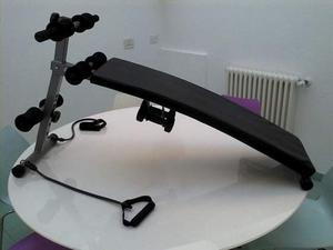 Panca fitness con 2 manubri da kg 1,5.