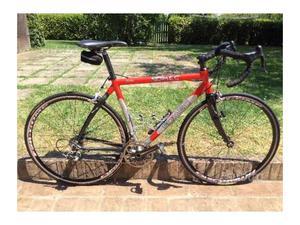 Bicicletta da corsa telaio in alluminio
