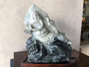 Antichità scultura cinese in alabastro Buddha con cane di