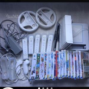 Wii con 17 giochi e accessori