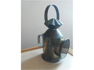 Antica lanterna d'epoca in bronzo