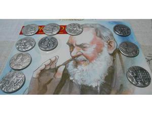 Le 10 medaglie della vita di santo padre pio
