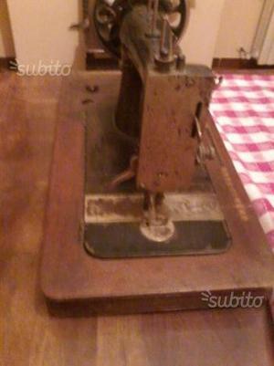 Offro tavolo per macchina da cucire varese posot class - Tavolo macchina da cucire ...