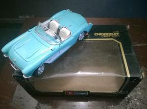 Modellino Burago 1:18 - Chevrolet Corvette