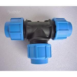 Raccordi tubi plastica per idraulici posot class for Raccordi per tubi in rame e plastica