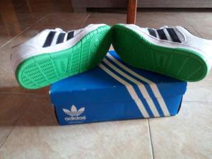 Scarpe Adidas nuove uomo