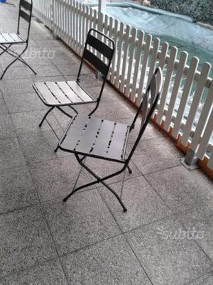 Sedie in metallo pieghevoli