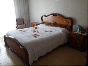 Camera matrimoniale, ottime condizioni in CILIEGIO MASSELLO!