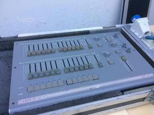 Mixer luci 32 canali light master  zero 88 dmx