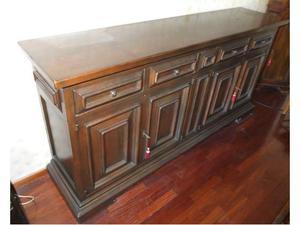 Mobile in legno massello per salotto