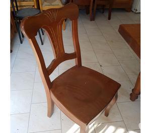 tavolo e sedie da salotto in legno massello usati