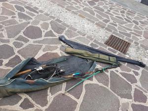 3 canne da pesca con tutti gli accessori