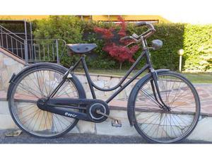 Bicicletta ceriz antica da donna con freni a bacchetta