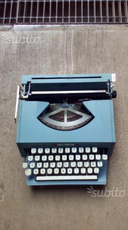 Macchina da scrivere vintage