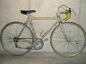 Splendida rara bicicletta da corsa vintage Priori Special
