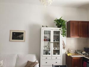 Credenza Con Vetrinetta Ikea : Vetrinetta ikea bertby posot class