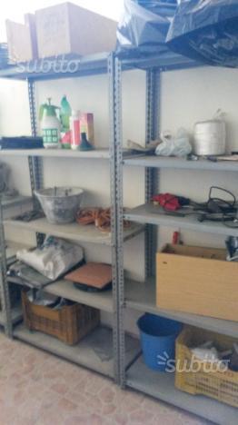 Scaffalature Metalliche Reggio Emilia.Vendo Scaffali Usati Milano Posot Class