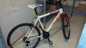 Bici Mountain Bike XR 26