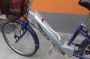 Bici elettrica usata posot class for Bici pieghevole elettrica usata