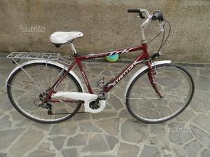 Bicicletta da uomo e da donna