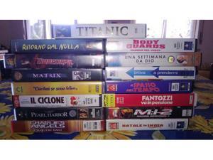 15 film in VHS originali - vario genere