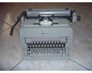 Macchina da scrivere olivetti linea 98 anni '70