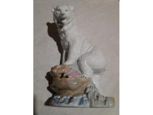 Orso in porcellana policroma