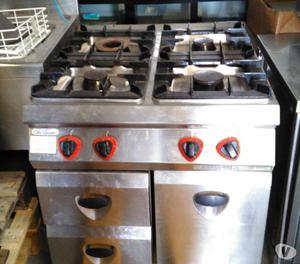 cucina 4 fuochi e forno convezione usati