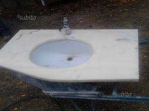 Lavandino in marmo + bide' + wc