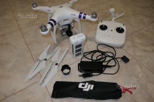 Quadricottero drone DJI PHANTOM 3