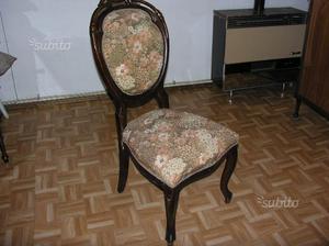 Sedia gialla in tessuto imbottita gambe in legno posot class for Sedia ufficio gialla