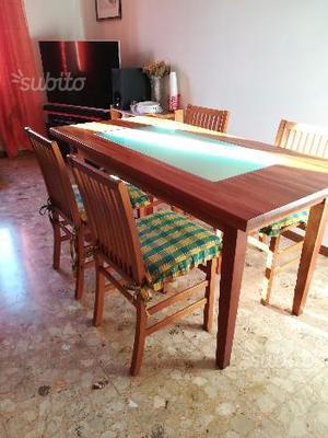 Tavolo Richiudibile Con Sedie Incorporate.Tavolo Bianco Laccato Con Vetro Bianco E 4 Sedie Posot Class