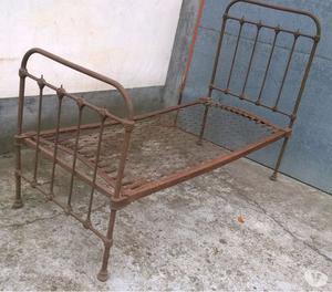 Testiera letto singolo in ferro battuto e posot class - Testiera letto ferro battuto ...