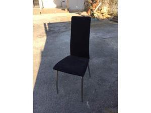 Vendo tavolo in vetro con sei sedie