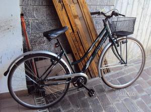 Bicicletta city bike da donna ruote di 28