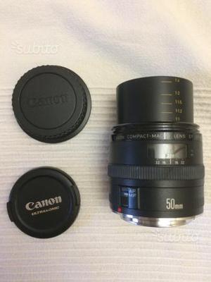 Canon EF 50mm 2.5 macro 1:1