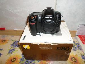 Kit Nikon D80