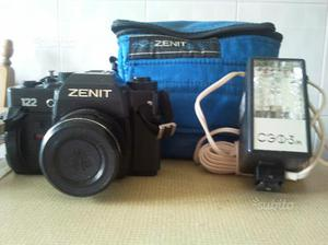 Macchina fotografica ZENIT 122